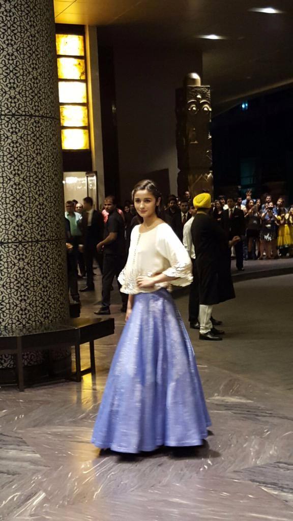 Alia Bhatt at Shahid Kapoor Reception,Alia Bhatt,actress Alia Bhatt,Shahid Kapoor Reception,Shahid Kapoor wedding reception,Alia Bhatt latest pics,Alia Bhatt latest images,Alia Bhatt latest photos,Alia Bhatt latest stills,Alia Bhatt latest pictures