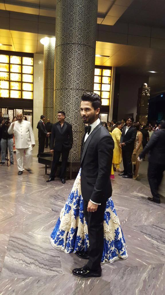 Shahid-Mira's wedding reception,Shahid-Mira's wedding reception pics,Shahid-Mira's wedding reception images,Shahid-Mira's wedding reception photos,Shahid-Mira's wedding reception stills,Shahid-Mira's wedding reception pictures,Shahid wedding reception