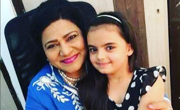 "'Yeh Hai Mohabbatein' actress Shahnaz Rizwan accuses co-stars for spreading rumours of her exit. Pictured: ""Yeh Hai Mohabbatein"" actress Shahnaz Rizwan aka Mrs.Bhalla and Ruhaanika Dhawan aka Pihu."