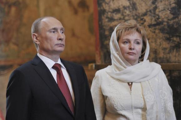 Vladimir Putin with wife, Lyudmila