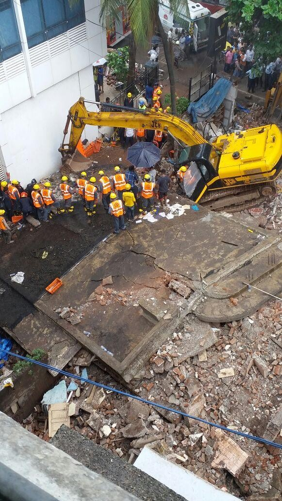Building collapse,Thane building collapse,Thane building collapse: Death toll rises to 11,Building collapses,many feared trapped after building collapses in Thane