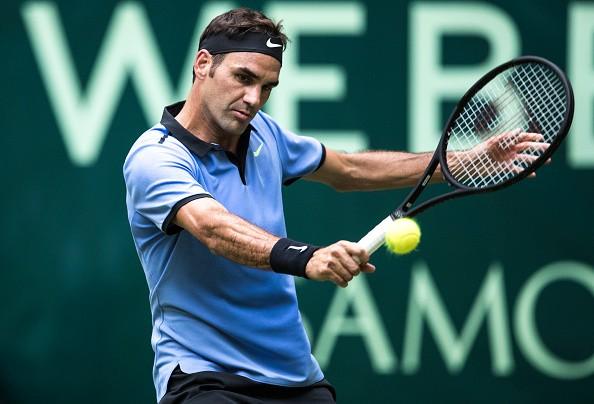 Roger Federer turns back the clock ahead of Wimbledon