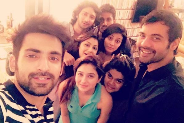 """Kumkum Bhagya:"" Will Abhi die in the car accident? Pictured: ""Kumkum Bhagya"" actors Shabbir Ahluwalia, Arijit Taneja, Sriti Jha and others"