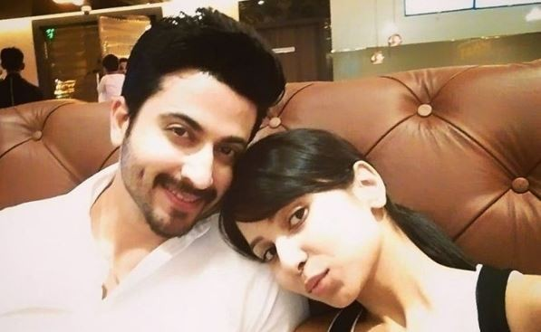 """Sasural Simar Ka"" actor Dheeraj Dhoopar to tie the knot. Pictured: Dheeraj Dhoopar with his ladylove and TV actress Vinny Arora"