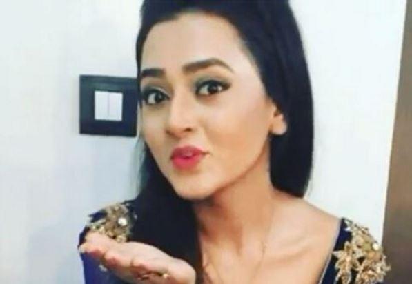 "Sharmistha to treaten Ragini on ""Swaragini."" Pictured: ""Swaragini"" actress Tejaswi Prakash Wayangankar aka Ragini"