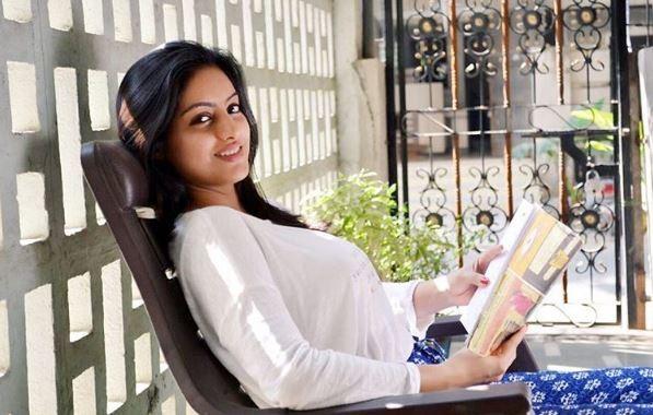 Diya Aur Baati Hum actress Deepika Singh's sister makes her Bollywood debut