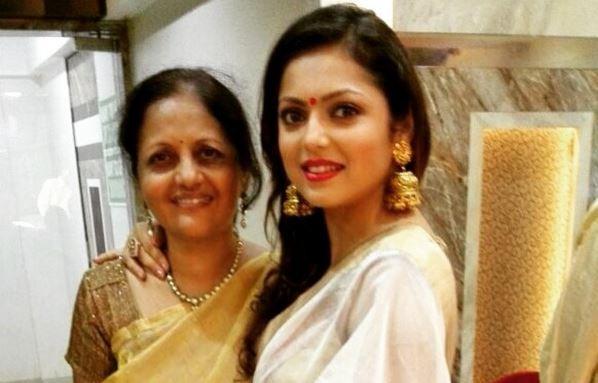 """Drashti Dhami to take an exit from """"Ek Tha Raja Ek Thi Rani."""" Pictured: """"Ek Tha Raja Ek Thi Rani"""" actress Drashti Dhami aka Gayatri"""