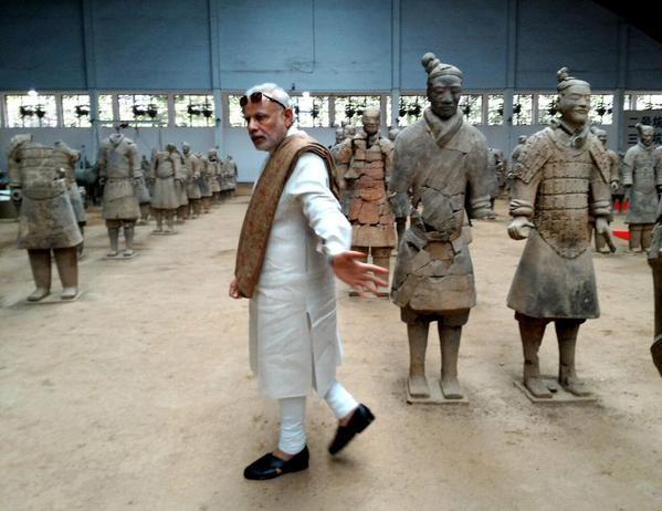 Prime Minister Narendra Modi,Narendra Modi,Narendra Modi in china,Narendra Modi at china,PM Narendra Modi visits terracotta warriors museum,terracotta warriors museum,Narendra Modi LIVE,PM Modi visits historic Terracotta Warriors Museum,PM Narendra Modi v