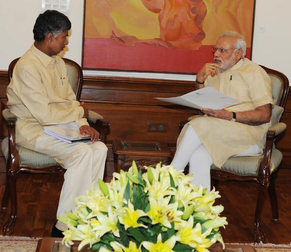 Chandrababu Naidu meets PM Narendra Modi,Cash-for-vote scam,Phone tapping,Chandrababu Naidu,Narendra Modi,Prime Minister Narendra Modi,Andhra Pradesh Chief Minister Chandrababu Naidu,Andhra Pradesh Chief Minister