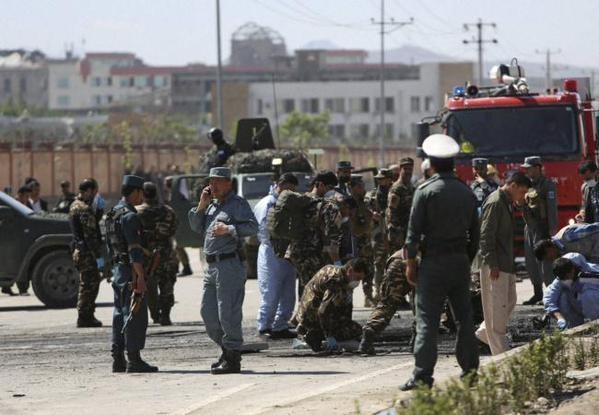 Huge Explosion hits Kabul,Kabul,bomb blast,Kabul bomb blast,Blast on road to Kabul Airport,US Embassy,Kabul Supreme Court,Kabul bombing,foreign troops,Terror Attack,Kabul terror attack