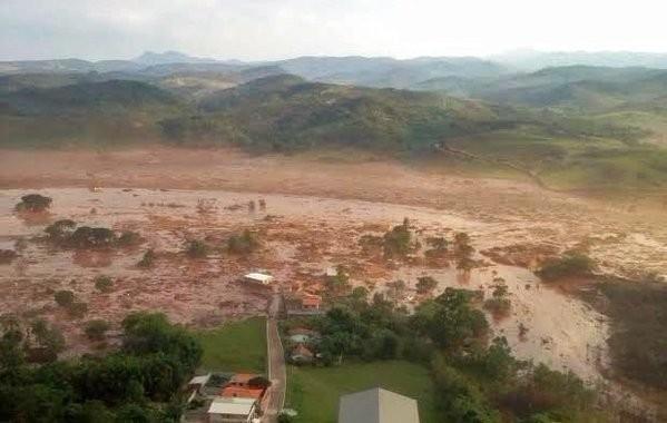 Brazil dam burst,dam burst,iron ore tailing dam collapsed,iron ore dam collapsed,15 people killed,Brazil