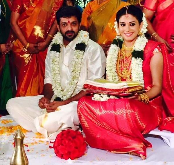 Shivada Nair,Shivada Nair wedding gallery,Shivada Nair wedding photos,Sshivada Nair wedding,Sshivada marries Murali krishnan,Murali krishnan wedding