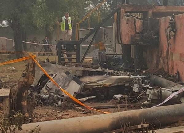 BSF aircraft crashes in Delhi,10 killed as BSF aircraft crashes in Delhi,BSF aircraft crashes,BSF aircraft,aircraft crashes