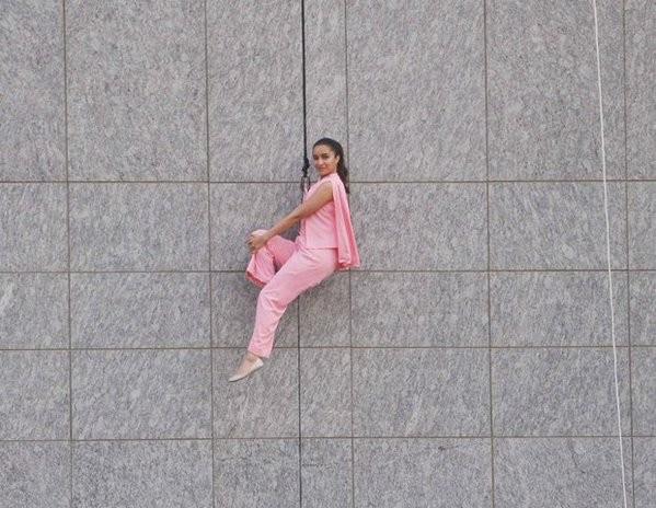 Shraddha Kapoor,Shraddha Kapoor in adventure mode,Shraddha Kapoor spotted hanging,Shraddha Kapoor at storey building