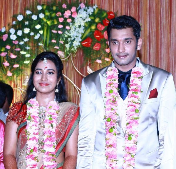Arulnidhi with Keerthana at their Wedding Reception