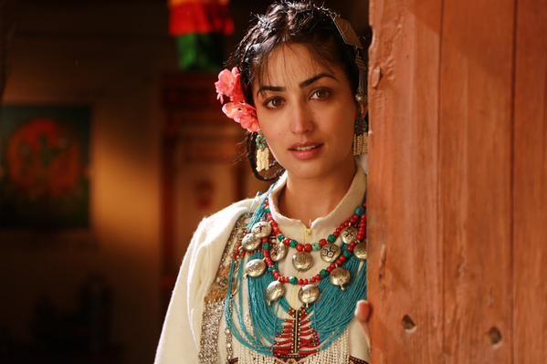 Yami Gautam's first look in Sanam Re