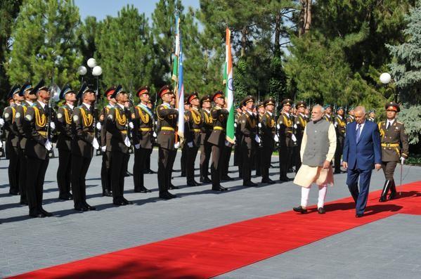Ceremonial welcome of PM Narendra Modi on his arrival in Tashkent