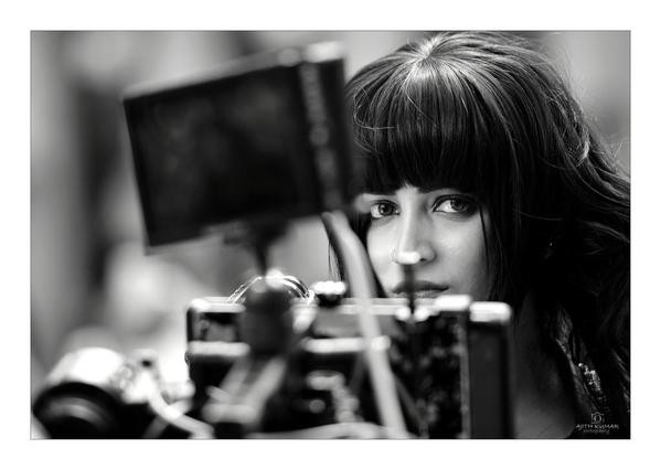 A Picture of Shruti Haasan Clicked by Ajith