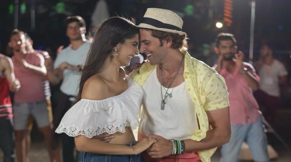 Sonam Kapoor, Hrithik Roshan in 'Dheere Dheere'