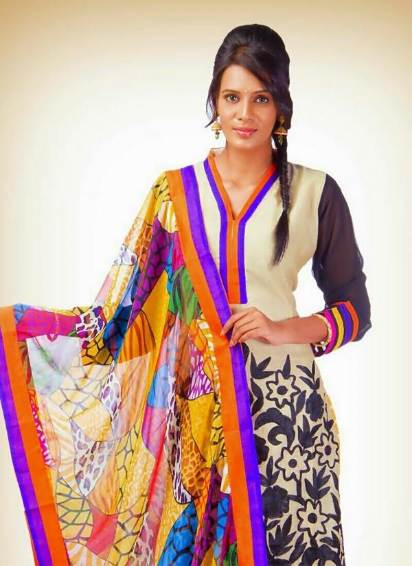 Meera Mithun Photos Images Gallery 10570