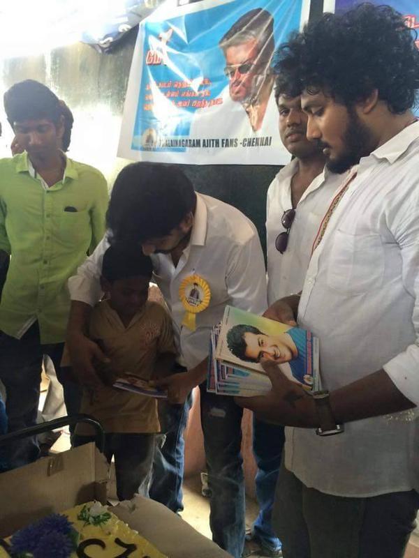 Vidharth joins Thala Birthday Celebrations in Chennai,Vidharth joins Thala Birthday Celebrations,Vidharth,actor Vidharth,Vidharth celebrates ajith birthday,ajith birthday celebration,ajith birthday,ajith birthday 2015,ajith birthday celebration pics,ajith