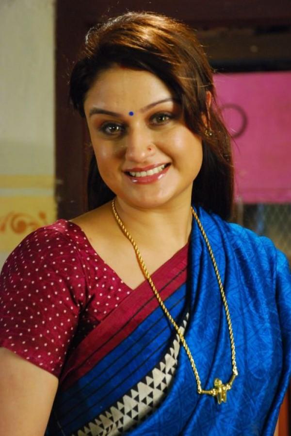 Sonia Agarwal Stills From Palakkattu Madhavan Movie Photos Images Gallery 11081