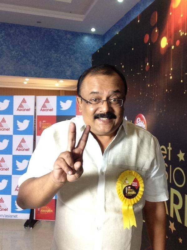 Asianet Tv awards 2015,asianet Tv awards 2015 photos,asianet awards,Malayalam celebs,Malayalam award shows,Tv shows,best shows