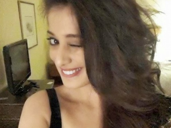 Crazy and Funny Selfies of Famous Kollywood Celebrities,Crazy Selfies,Funny Selfies of Famous Kollywood Celebrities,Crazy And Funny Selfies,Crazy And Funny Selfies Of celebs,celebs Crazy And Funny Selfies