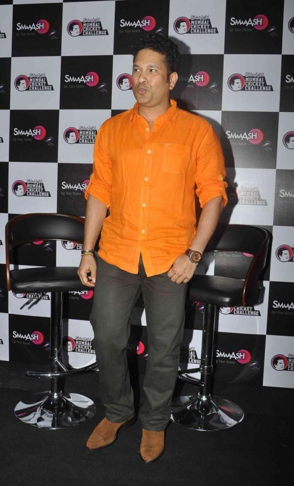 Sachin Tendulkar Felicitated Winners of 'SMAAASH MUMBAI ...