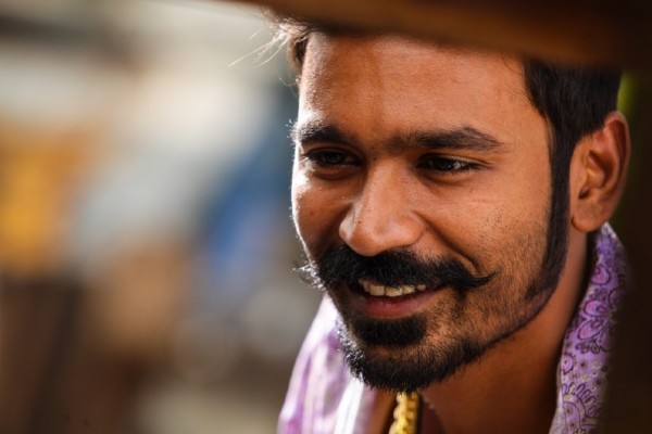 Dhanush stills from Maari Movie - Photos