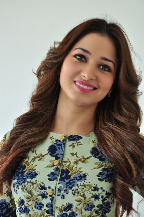 Milky Beauty Tamannaah S Latest Pics Photos Images Gallery 20667