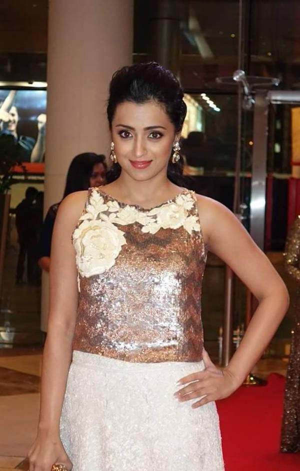 Trisha,actress Trisha,Trisha Krishnan,Trisha at SIIMA Awards,SIIMA Awards,SIIMA Awards  2015,SIIMA,Trisha latest pics,Trisha latest images,Trisha latest photos,Trisha latest stills,Trisha latest pictures