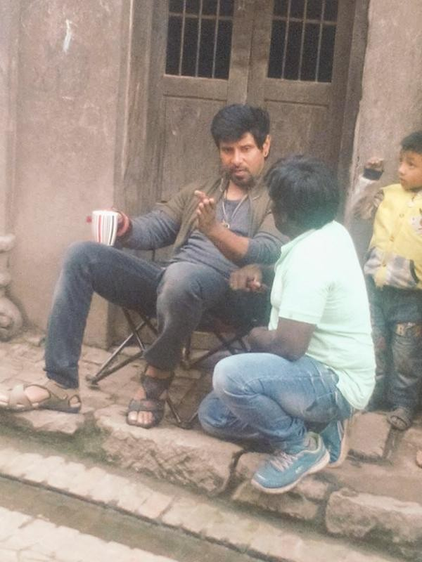Vikram,10 Enradhukulla Movie Shooting Spot,10 Enradhukulla,10 Enradhukulla on the sets,Chiyaan Vikram,Chiyaan,Vikram latest pics,Vikram latest images,Vikram latest photos,Vikram latest stills,Vikram latest pictures