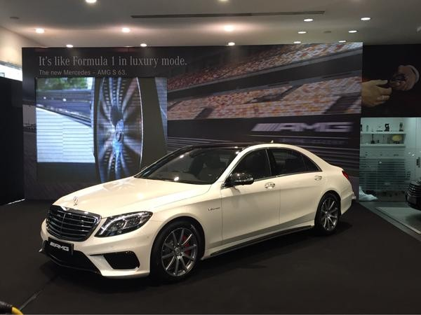 Mercedes AMG S63 sedan,Mercedes AMG S63,S63 Sedan,Mercedes Benz,Mercedes Benz car,Mercedes AMG S63 Sedan pics,Mercedes AMG S63 Sedan images,Mercedes AMG S63 Sedan photos,Mercedes AMG S63 Sedan stills,Mercedes AMG S63 Sedan pictures