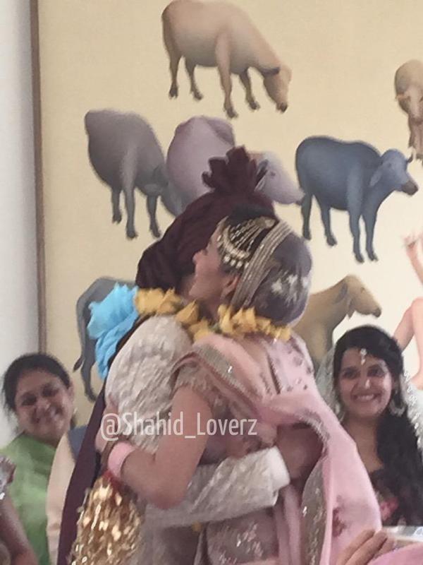 Shahid Kapoor,Shahid Kapoor and Mira,Shahid Kapoor and Mira Wedding,Shahid Kapoor and Mira marriage,Mira,Shahid Kapoor and Mira Wedding pics,Shahid Kapoor and Mira Wedding images,Shahid Kapoor and Mira Wedding photos,Shahid Kapoor and Mira Wedding stills