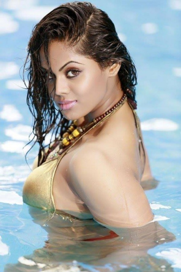 Karthika Nair Photos Images Gallery 2896