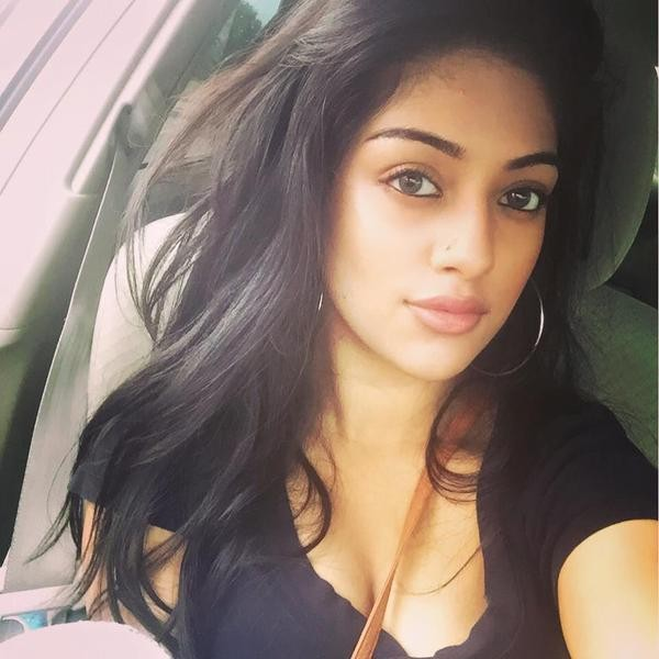 Shocking HOT EXPOSURE of Anu Emmanuel in Public - View Pics!