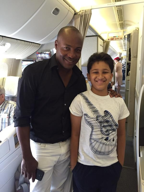 Brian Lara,Mahesh Babu's son Gautam,Brian Lara meets Mahesh Babu's son Gautam,Mahesh Babu's son Gautam meets Brian Lara,Brian Lara latest pics,Brian Lara latest images,Brian Lara latest photos,Brian Lara latest pictures