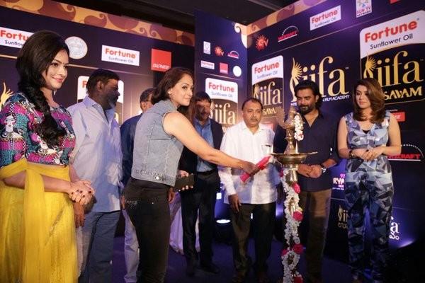 IIFA Utsavam Press Meet,IIFA Utsavam,Hansika,Namitha,Simran,Madhavan,Hansika Motwani,IIFA Utsavam 2015