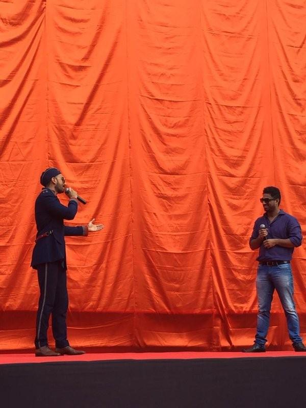Ranveer Singh,Bajirao Mastani first look poster,Bajirao Mastani poster,Ranveer Singh reveals Bajirao Mastani first look poster,Ranveer Singh's Bajirao Mastani first look poster,Bajirao Mastani,Deepika Padukone