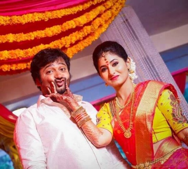 Bobby Simha and Reshmi Menon's engagement pictures - Photos