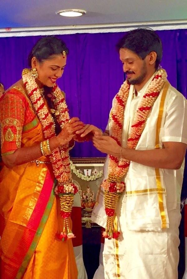 Nakul engaged to Sruti Bhaskar,Nakul,Nakul weds Sruti Bhaskar,Nakul marriage,Nakul wedding,Sruti Bhaskar