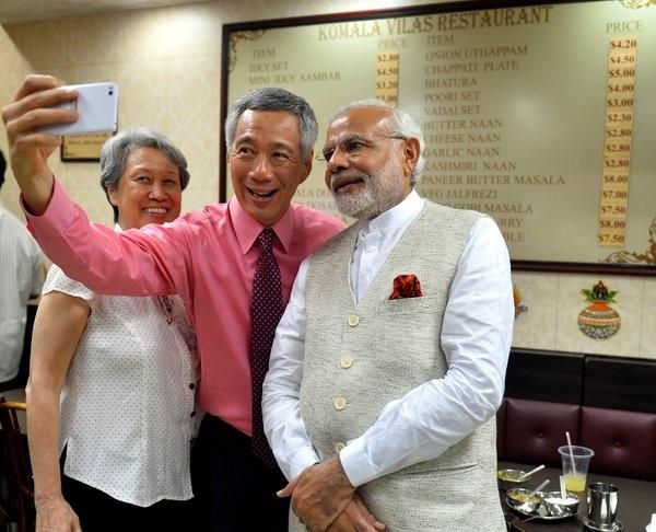 Narendra Modi,Lee Hsien Loong,Narendra Modi dines with Lee Hsien Loong,Little India,Modi,Modi in Singapore,Singapore counterpart Lee Hsien Loong