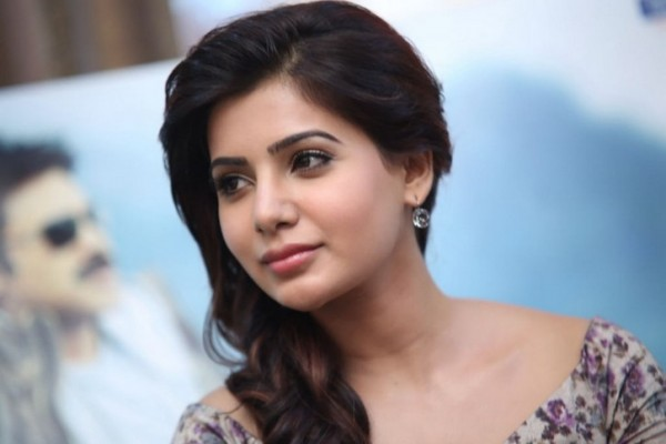 Top 10 Actresses In Tamil 2015