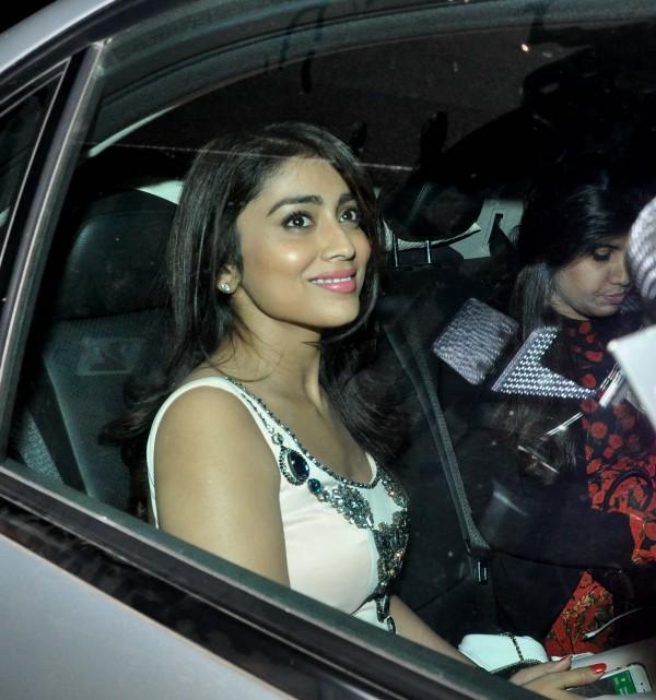 Sonakshi Sinha Sania Mirza Kriti Sanon At Salman Khan S