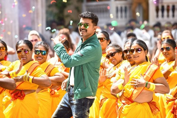 Theri,vijay,ilayathalapathy vijay,ilayathalapathy,Samantha,Amy Jackson,Atlee,Theri movie stills,Theri movie pics,Theri movie images,Theri movie photos,Theri working stills,Theri working images,Theri working photos,Theri working pictures,vijay Theri movie