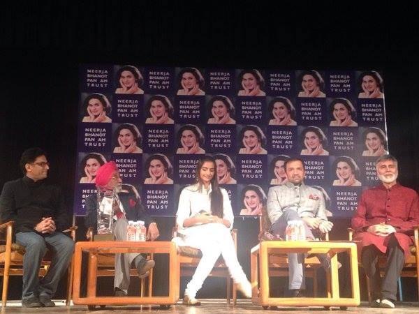 Team Neerja,Sonam Kapoor,Ram Madhvani,Atul Kasbekar,Neerja Bhanot bravery award in Chandigarh,Neerja Bhanot