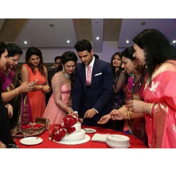 Divyanka Tripathi,divyanka tripathi marriage,divyanka tripathi engagement,Vivek Dahiya engagement,Vivek Dahiya marriage,Divyanka Tripathi and Vivek Dahiya,Divyanka Tripathi and Vivek Dahiya engagement,Yeh Hai Mohabbatein