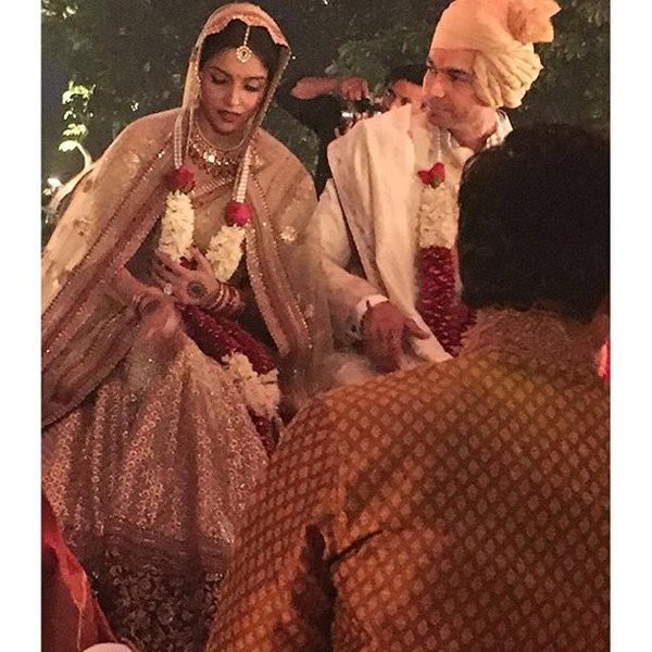 Asin and Rahul Sharma wedding,Asin wedding,Asin wedding photos,Asin wedding stills,Asin wedding pics,Asin wedding images,Rahul Sharma wedding photos,Rahul Sharma wedding pics,Rahul Sharma wedding images,Rahul Sharma wedding stills