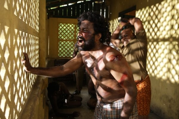 Visaranai,Visaranai movie stills,Dinesh,Anandhi,Visaranai movie pics,Visaranai movie images,Visaranai movie photos,Visaranai movie pictures